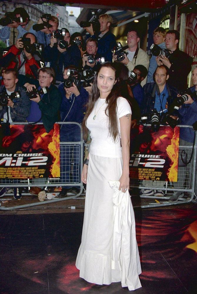 Anđelina Žoli 2000. u Londonu