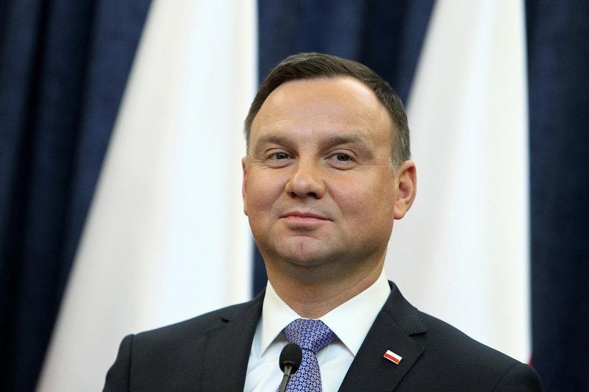 Andrzej Duda gratuluje Kabowerdeńczykom