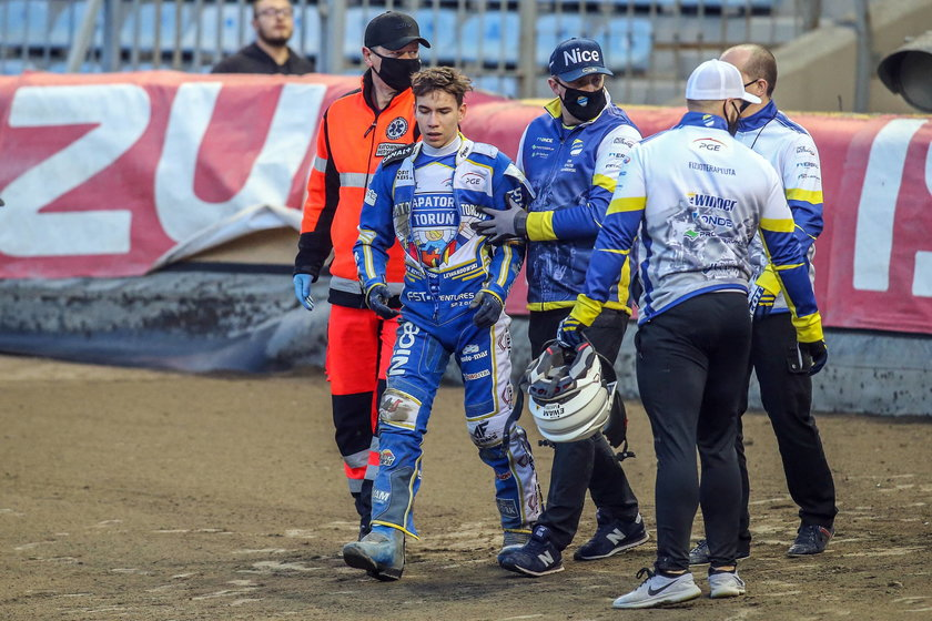 16-latek zdołał nawet zdobyć jeden punkt, ale po wyścigu zrezygnował z dalszych jazd, bo zrobiło mu się słabo.