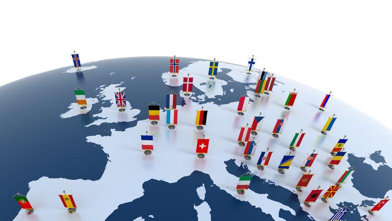 Nuriel Rubini: Finlandia wyjdzie ze strefy euro przed Grecją