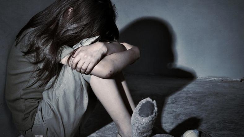 Mimo kary grzywny i toczącego się kolejnego postępowania, przedszkolanka nie straciła pracy