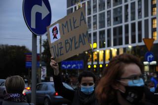'Rząd na bruk'. Przed sejmem trwa kolejny protest przeciwko decyzji TK ws. aborcji