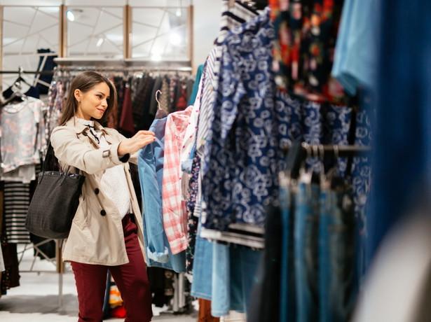 Klienci kupowali mniej warte produkty za wyższą cenę