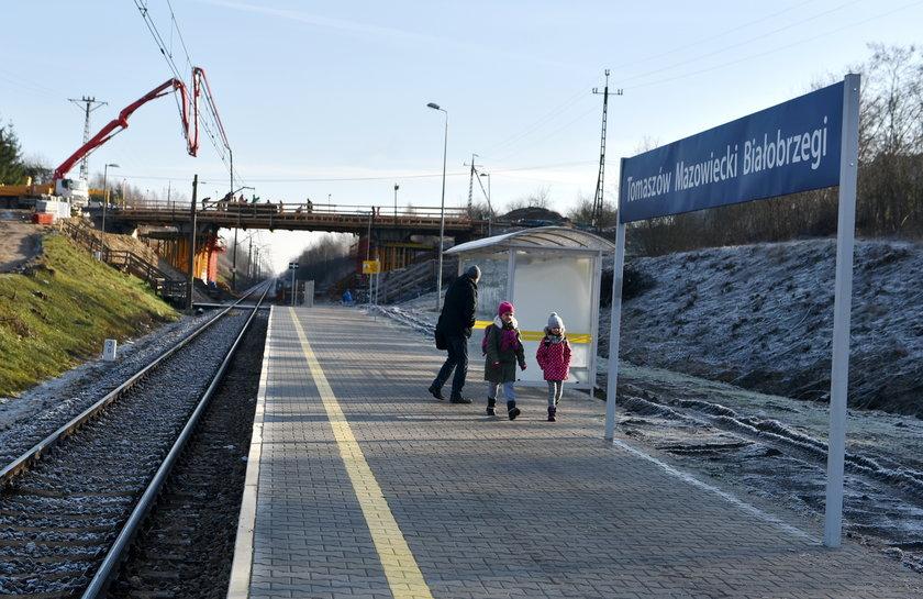 Nowy peron w Tomaszowie Białobrzegach.