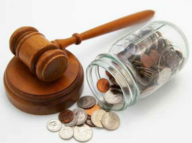 Pieniądze, prawo Fot. Shutterstock