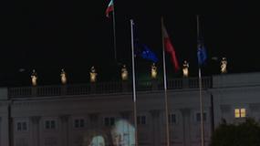 Morawiecki chce krzyża przed Pałacem Prezydenckim