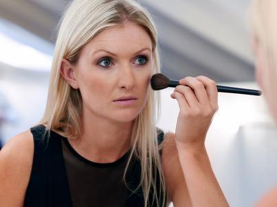 Kosmetyki, którymi wykonujemy makijaż biznesowy, muszą być sprawdzone i najwyższej jakości.