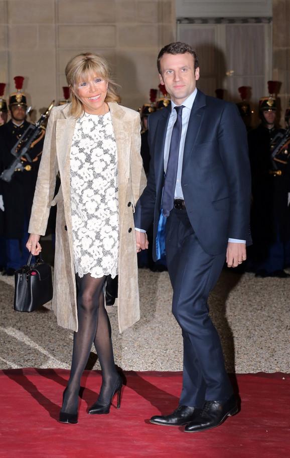 Emanuel Makron sa suprugom Brižit