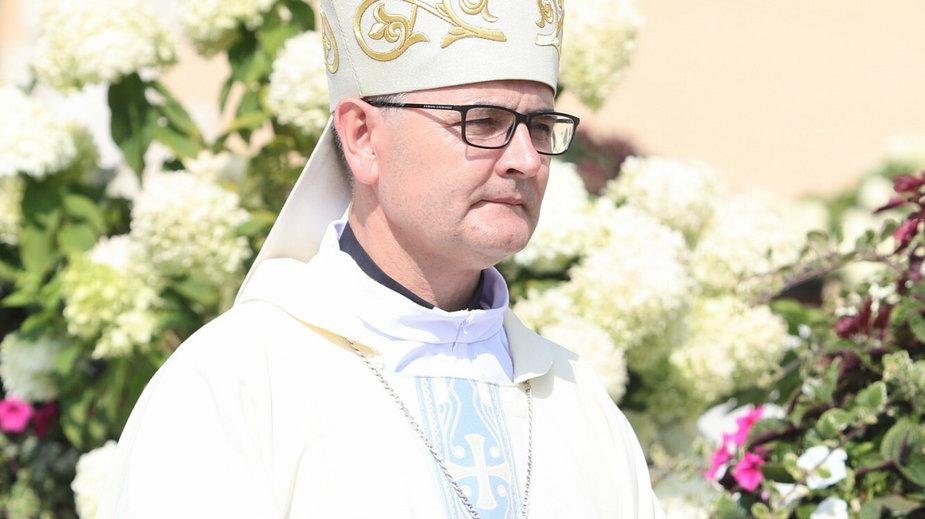 Bp Andrzej Przybylski