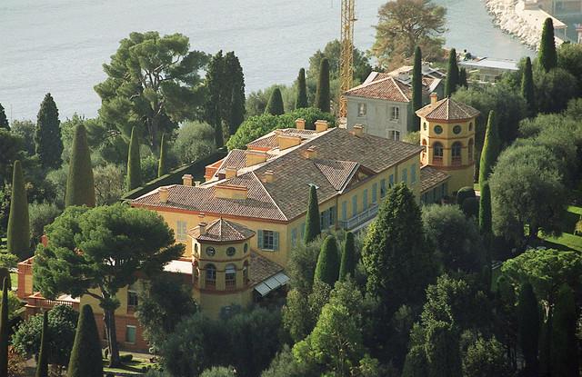 Raskošna vila na Azurnoj obali