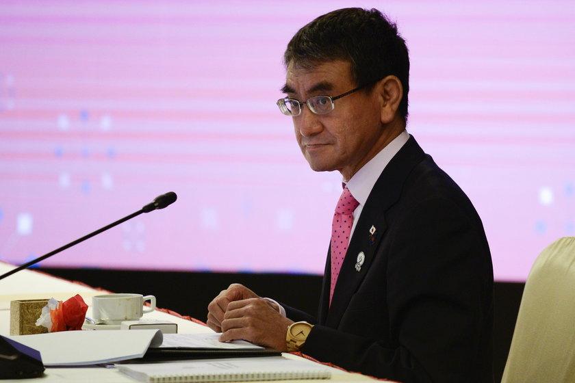 Minister ds. reform administracyjnych Taro Kono, nie kryje wątpliwości, co do możliwości przeprowadzenia obecnie wielkiej imprezy sportowej w Japonii
