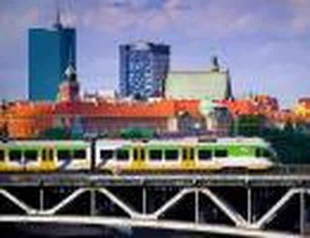 Województwo mazowieckie, najbardziej innowacyjny region w Polsce, jest średniakiem na tle Europy, choć od powstania pierwszych regionalnych strategii innowacji minęło 10 lat – wynika z raportu Deloitte. Opracowanie jest zgodne z tezami Komisji Europejskiej. Oto główne przeszkody na drodze do większej konkurencyjności i innowacyjności polskich województw wg Deloitte i KE. Wina leży zarówno po stronie biznesu, jak i sfery publicznej.