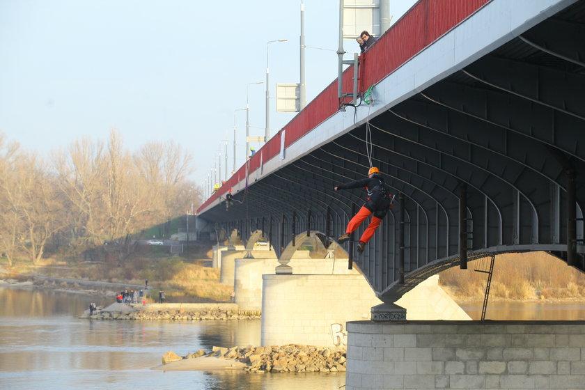 Skoczyli z Mostu Śląsko-Dąbrowskiego