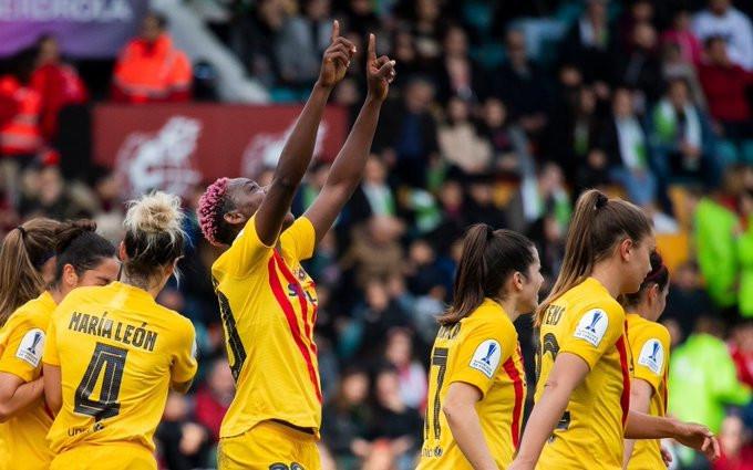 Asisat Oshoala scored a brace in the Super Cup game (Twitter/Barcelona)