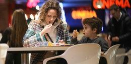 Mrozowska: Promuje zdrową żywność, ale je w McDonaldzie