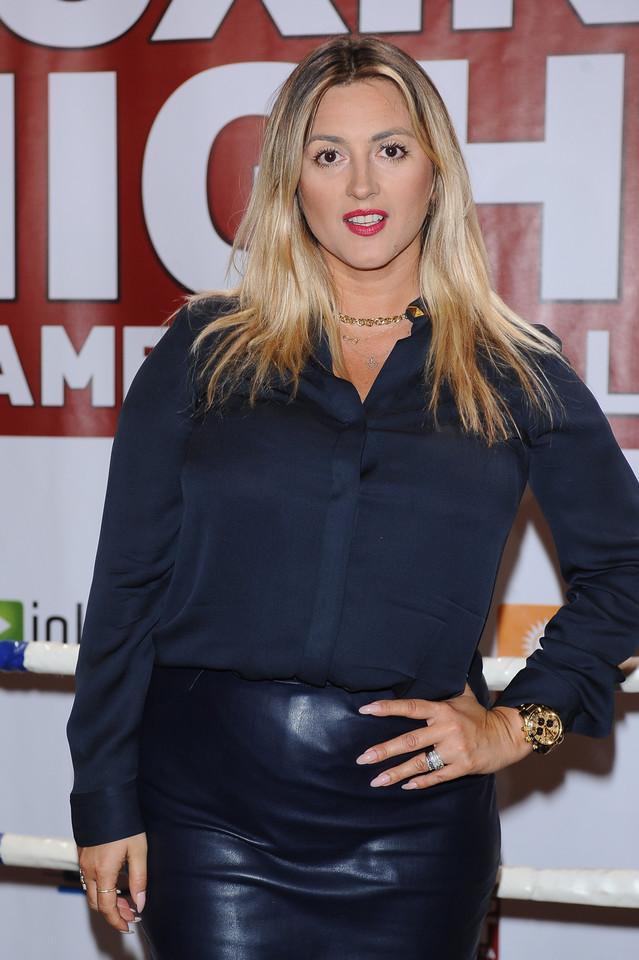 Piękna Karolina Szostak na konferencji prasowej - Sport
