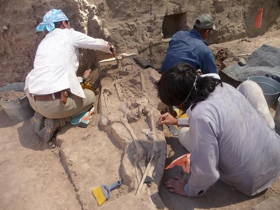 U kulturama Srednje Amerike postojao je običaj menjanja oblika lobanje