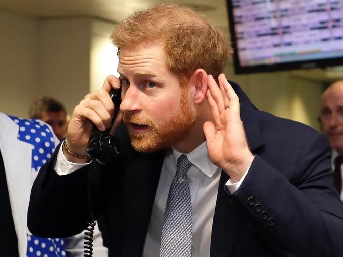 Ceo svet je bio uveren da PRAVI OTAC princa Harija nije Čarls, već OVAJ ČOVEK: Isplivala je fotografija koja POKAZUJE ISTINU