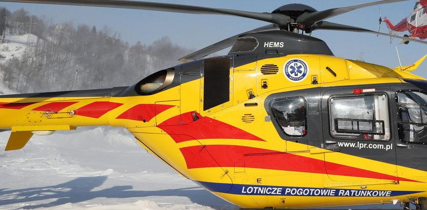 Wypadek narciarza w Beskidach. Uderzył w pień drzewa