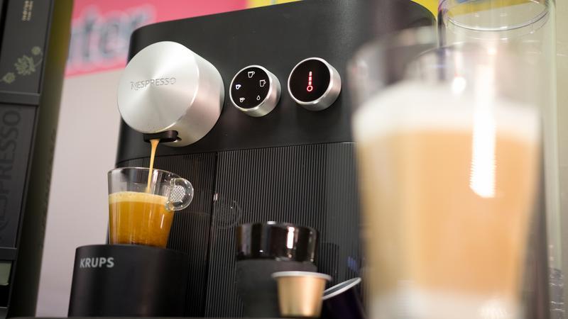 Nespresso Expert&Milk – recenzja ekspresu do kawy
