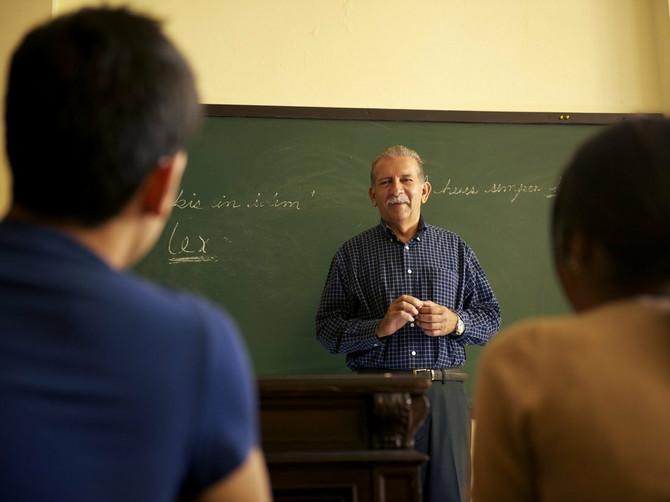 Pitali su profesora zbog čega se nikada nije ženio: Ovakav odgovor NISU MOGLI NI DA NASLUTE
