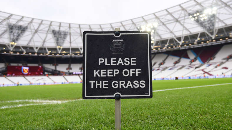 Premier League zawieszona