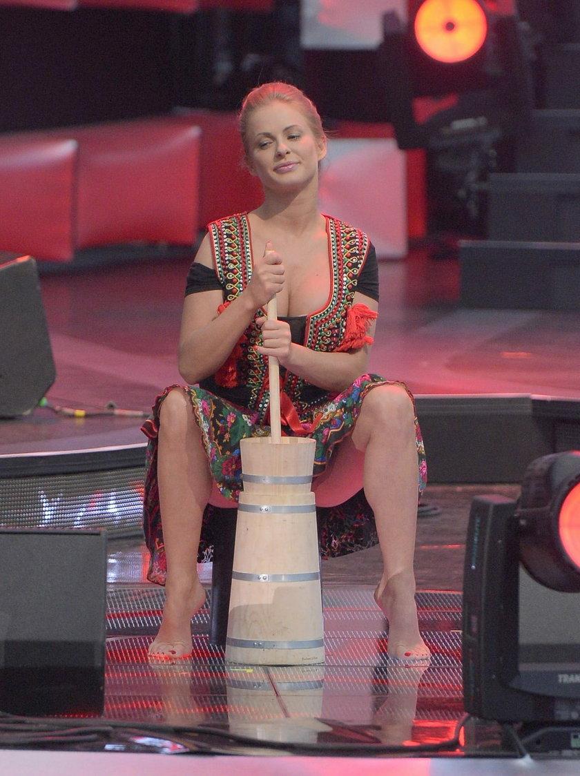 Paula Tumala ubija masło na scenie