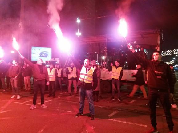 """Deseti protest """"1 od 5 miliona"""": Srbija nije slobodna zemlja, zato smo na ulicama"""