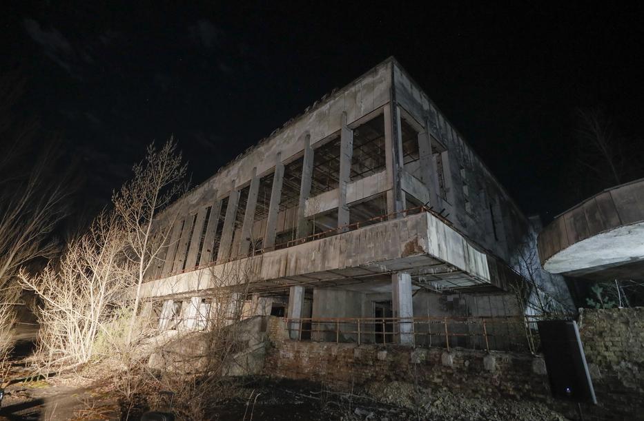 Elhagyott épület ma a csernobili zónában / Fotó: MTI/EPA/SERGEY DOLZHENKO