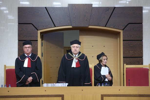 Prezes TK Andrzej Rzepliński ogłosił wyrok ws. Trybunału Konstytucyjnego