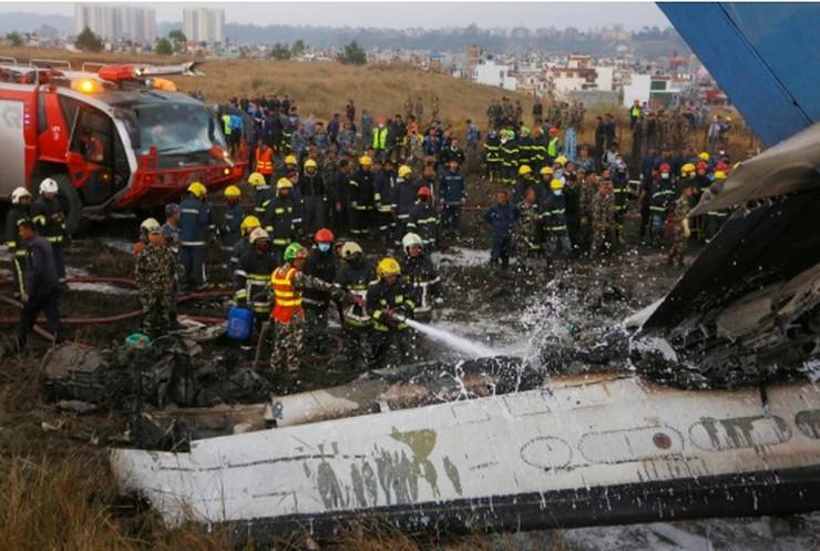 Avion se srušio u Nepalu