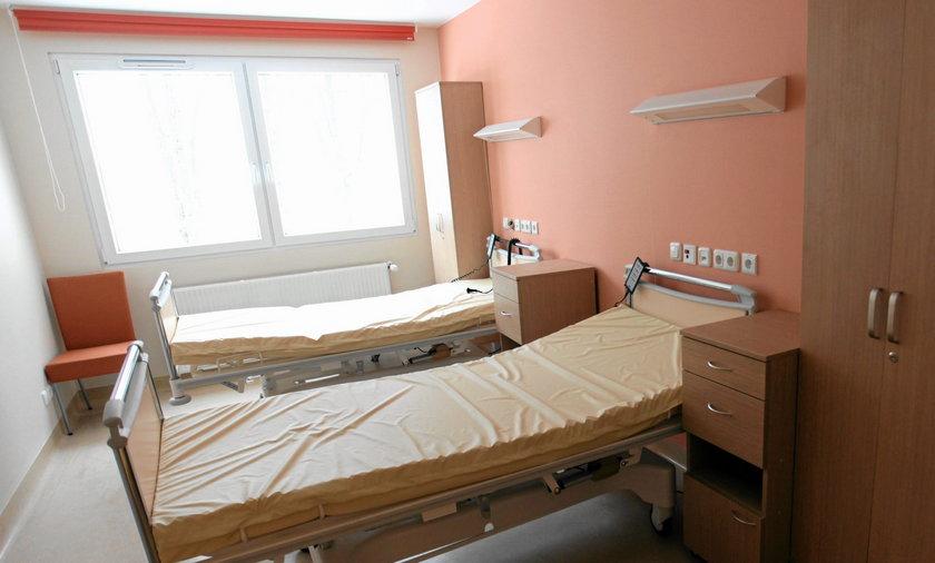 Szpital Św. Anny w Piasecznie.