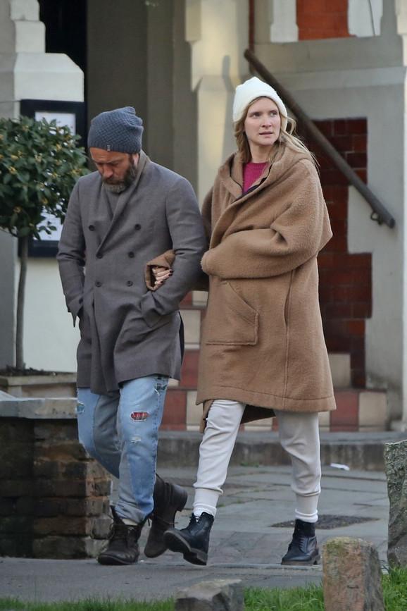 Džud Lou sa Filipom, sadašnjom suprugom