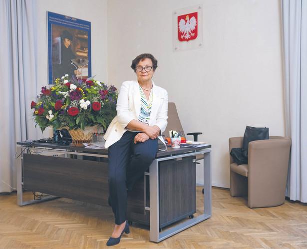 Hanna Machińska zastępczyni rzecznika praw obywatelskich, doktor nauk prawnych, od lat zaangażowana we wdrażanie europejskich standardów w dziedzinie ochrony praw człowieka i prawa antydyskryminacyjnego do prawa polskiego