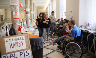 Karczewski: Mam nadzieję, że uczestnicy protestu w Sejmie przemyślą sprawę i go zakończą