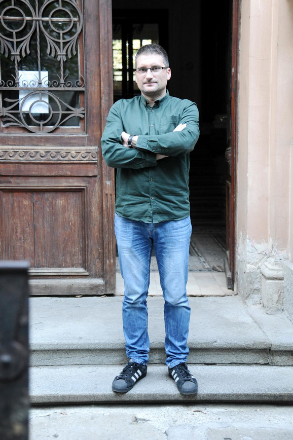 Nenad Gugl, profesor, Treća beogradska gimnazija