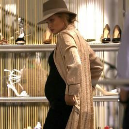 Rosie Huntington-Whiteley jest w zaawansowanej ciąży. Wśrod Aniołków Victoria's Secret panuje prawdziwy babyboom!