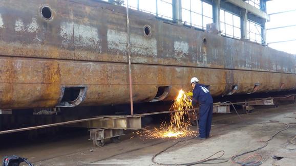 Radovi u brodogradilištu u Apatinu