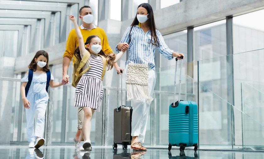 Podróżowanie w czasie pandemii za granicę, o czym trzeba pamiętać.