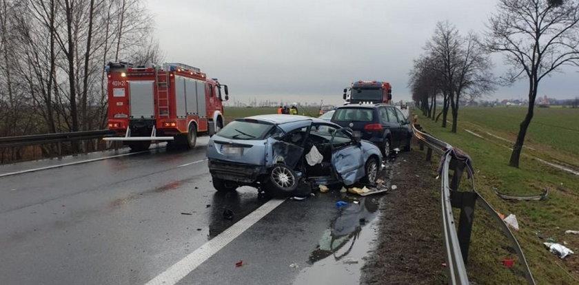 Tragiczny wypadek na obwodnicy Brzegu! Nie żyje 4-letni chłopczyk