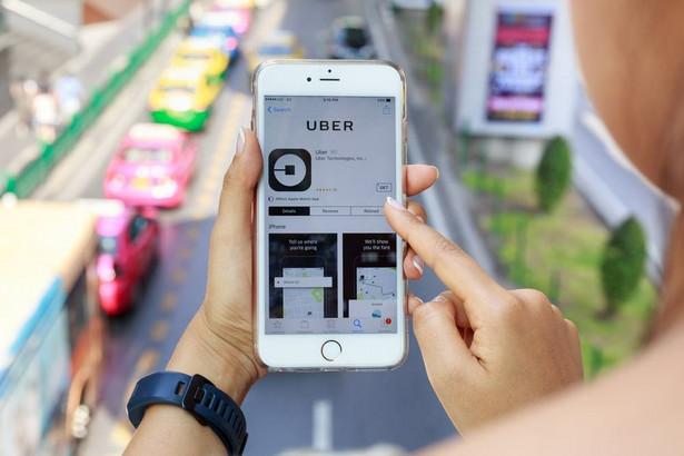 """Alphabet, """"korporacja-matka"""" giganta internetowego Google, oskarżyła Ubera o zastosowanie skradzionych od niej wynalazków."""