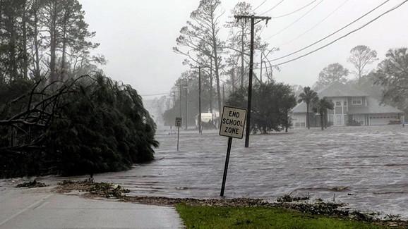 Košmar na Floridi: Stigao uragan 'Majkl'
