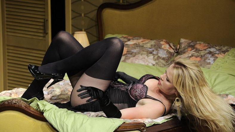 Magdalena Wójcik odsłoniła ciało w seksownej sztuce!