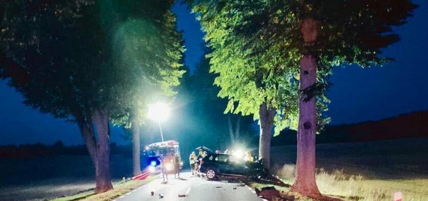 Tragiczny wypadek pod Trzcianką. 23-latek rozbił się w bmw