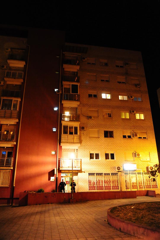Ubistvo, Gandijeva, Novi Beograd
