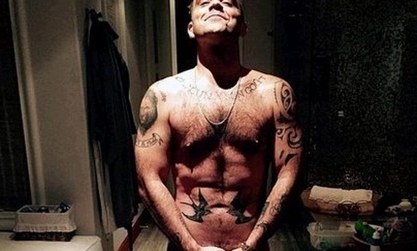 Robbie Williams nago