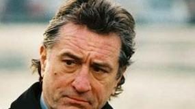 "Robert De Niro, Sigourney Weaver i Elizabeth Olsen w filmie reżysera ""Pogrzebanego"""