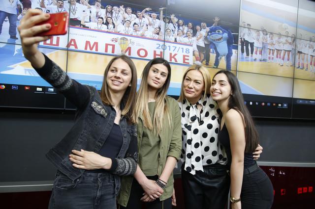 Šampionski selfi: Sara Lozo, Katarina Lazović, Slađana Erić i Aleksandra Ćirović