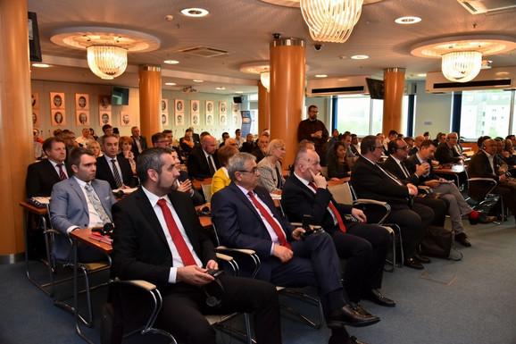 Poslovni forum sa Francuskom