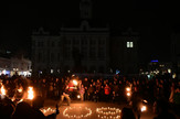 Novi Sad sat za planetu performans ispred gradske kuce foto nenad mihajlovic
